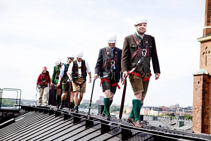 Nervenkitzel über den Dächern von Stockholm